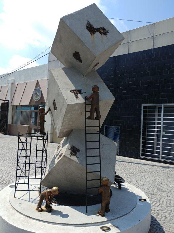 Sculpture in Querétaro. Photo by Angela Grier