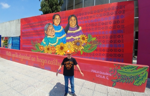 Wall painting in Querétaro. Photo by Angela Grier