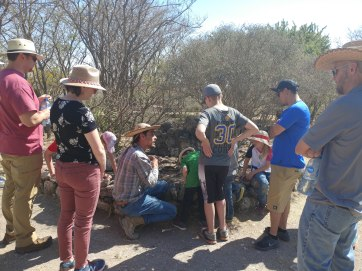 Alberto Aveleyra leading our tour at Cañada de la Virgen. Photo by Angela Grier